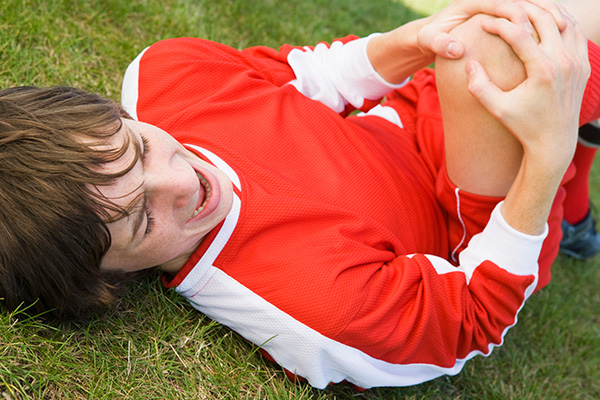 What To Do If You Hurt Yourself While Playing Sports