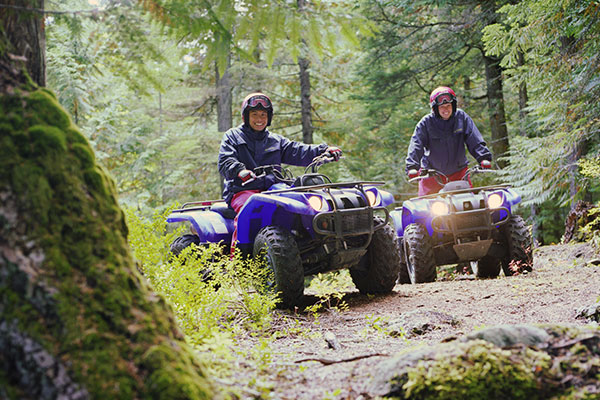 Safety Tips For Four-Wheeling And Mud Riding
